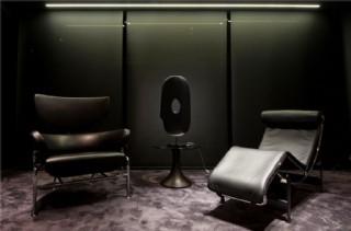 現代暗色家具客廳室內裝修效果圖
